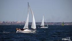 Море, ветер и паруса: одесские яхтсмены отметили юбилей регатой (ФОТО)