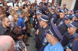 Патриоты или наемники, месть Кивалова или просто криминал: за что арестовали одесских активистов (колонка редактора)