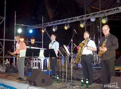 Одесский джаз-фестиваль начался с масштабного Open Air'а в Горсаду (ФОТО)