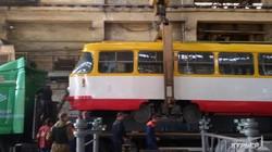 В Одессу отправили еще три отремонтированных рижских трамвая (ФОТО)