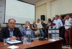 Бардак и скандал: в Одессе обсуждали застройку Гагаринского плато (ФОТО, ВИДЕО)