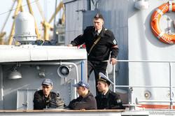 """Турецкие военные корабли и """"Сагайдачный"""" покинули одесский морвокзал (ФОТО)"""