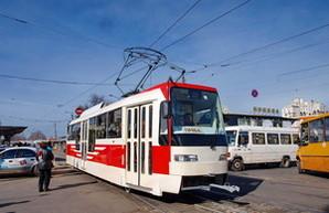 """В Одессе презентовали проект скоростного трамвая, который свяжет город по оси """"Север-Юг"""" (ФОТО)"""