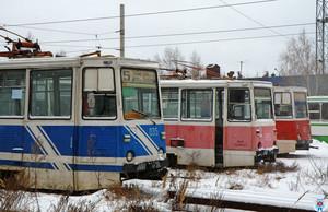 """""""Денег нет, но вы держитесь"""": в России массово уничтожают электротранспорт"""