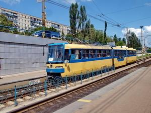 В Киеве второй раз объявляют тендер на ремонт линии трамвая длиной 8 километров