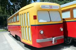 В Одессе появились ретро-трамваи для кафе на 6-й станции Фонтана (ФОТО)