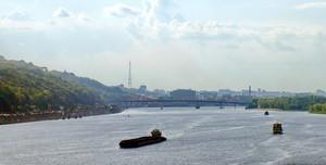 На Днепре необходимо реконструировать шлюзы на плотинах гидростанций