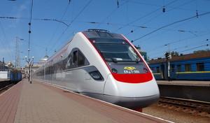 Почти 2 миллиона пассажиров воспользовались летом поездами в сторону Одессы