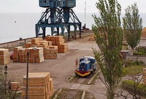 В портопункте Бугаз отремонтировали заброшенную железную дорогу