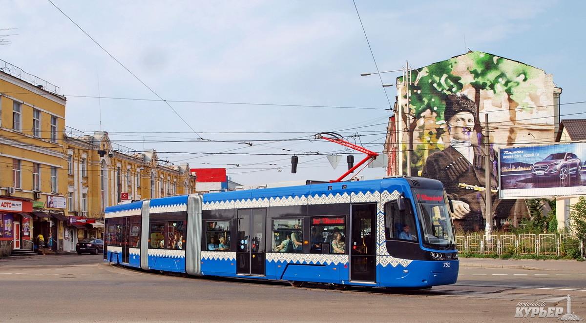 польский трамвай pesa в киеве