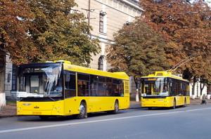 В Киеве таки покупают 40 троллейбусов и 100 автобусов