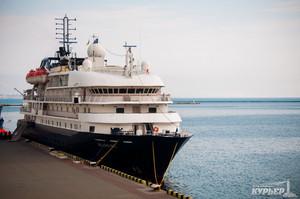 Сразу после урагана в Одессу зашел круизный лайнер