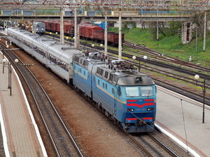 """""""Укрзализныця"""" отменила закупку скоростных поездов в 2016 году"""