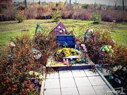 временный мемориал погибшим за освобождение славянска бойцам