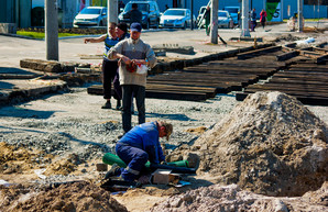В Одессе под Пересыпским мостом уже построили часть новых трамвайных путей