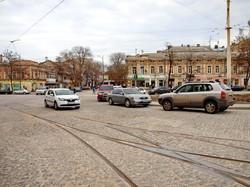 На Тираспольской площади открыли движение автомобилей