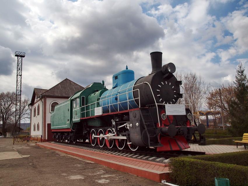 Паровоз на молдавской станции Басарабяска (Бессарабская, Лейпцигская)