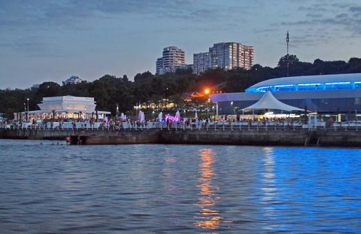 На одесском градсовете будут обсуждать расширение дельфинария и набережной на пляже Ланжерон