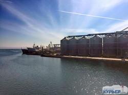 Одесса: порт и город с высоты зернового терминала (ФОТО)