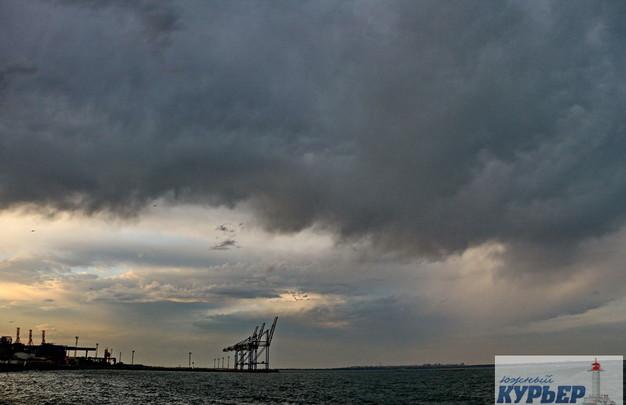 Вечерний Ланжерон: красочные капризы погоды (ФОТО)