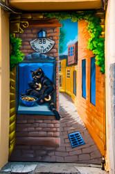 На стене одесского дома Буша поселился черный кот (ФОТО)