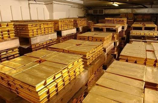 Россия панически скупает золото по всему миру