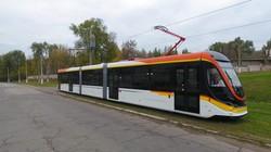 Новый трамвай от одесско-днепровской компании успешно испытали в Каменском (ФОТО)