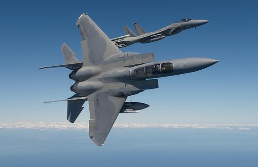 Истребители ВВС США в небе над Украиной? Не фантастика, а реальность!