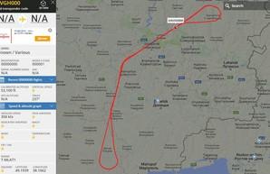 RQ-4A Global Hawk снова над мониторит Донбасс