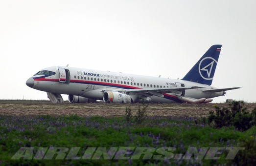 Sukhoi SuperJet 100: убийца Boeing и Airbus пикирует 9-й год подряд