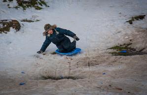 Как одесситы наслаждаются снегом и зимой (ФОТО)