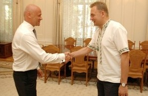 Мэр Одессы встал под знамена мэра Львова?