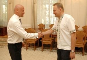 Мэр Одессы встал под знамена мэра Львова? (колонка редактора)