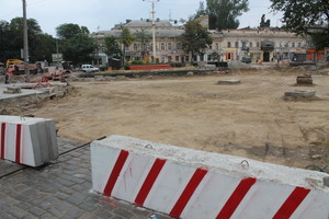 Реконструкция Тираспольской площади в Одессе: готовят основание для новых трамвайных путей (ФОТО)