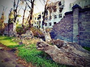 Освобожденный от боевиков Славянск: мирный город и руины (ФОТО)