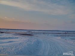 Как чистят от снега дороги на юге Одесской области (ФОТО, ВИДЕО)
