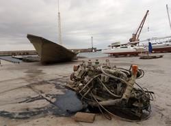 В одесском Черноморском яхт-клубе подняли затонувшую турецкую шхуну (ФОТО)