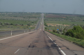 Украинские автодороги планируют довести до уровня автобана по линии Одесса - Умань - Львов - Гданьск
