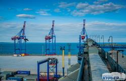 Одесса: как выглядит город с высоты портовых терминалов (ФОТО)