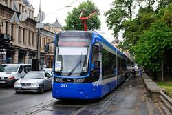 По центру Киева проехал красочный парад трамваев (ФОТО)