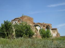 Разрушенный храм в селе Перешоры на севере Одесской области: бывшее имение украинского мецената и просветителя Евгения Чикаленко
