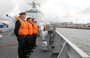 Китайские военные корабли задержались в Балтике