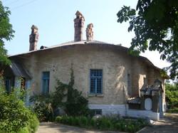 """""""Спасите умирающие памятники!"""": особняк Ансельма в селе Шабо."""