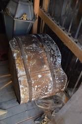 Новые находки при реставрации Колоннады: помещение внутри, снаряды и бензобак