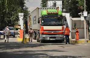 Одесская ОГА принимает меры для увеличения штата сотрудников, контролирующих движение грузовиков на дорогах