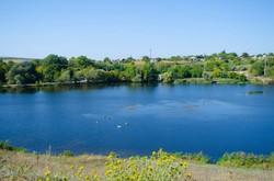 Природные водоем в одном из близрасположенных сел