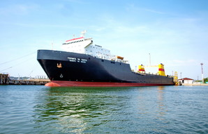 Между портами Большой Одессы и Грузии растет грузопоток на паромных перевозках