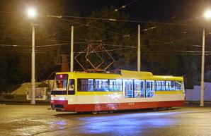 Одесским трамваям делают временную остановку у Пересыпского моста