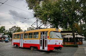 Часть маршрутов электротранспорта Одессы теперь будет ходить до поздней ночи