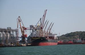 Посол ЕС похвалил Одесский порт за внедрение новых технологий и наращивание темпов мощности